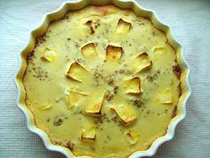 Kasza gryczana zapiekana z serem camembert w sosie cebulowo gruszkowym