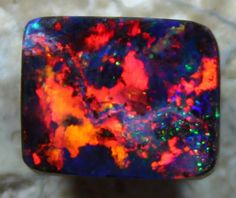 4.30 CTS COLLECTABLE TOP BOULDER OPAL MULTI COLOR FIRE
