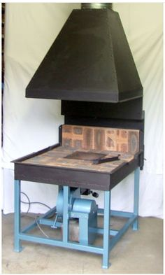 Complete working Forge & Centrifugal Blower plans, photos & comprehensive instructions to build a professional forge plus an easy to build centrifugal blower.