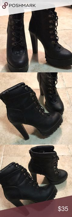43f03345575 Black lace up boots Black lace boots in perfect condition only worn twice  Shoes Lace Up