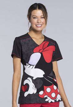 Minnie Mouse Looking for a kiss from Mickey Scrub Top For Women - Big Minnie Scrub Top Cute Scrubs Uniform, Scrubs Outfit, Cute Medical Scrubs, Nursing Scrubs, Pediatric Scrubs, Disney Scrubs, Disney World Outfits, Cherokee Woman, Outfits