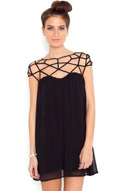 Mini Vestido gasa hombro hueco-Negro US$29.90