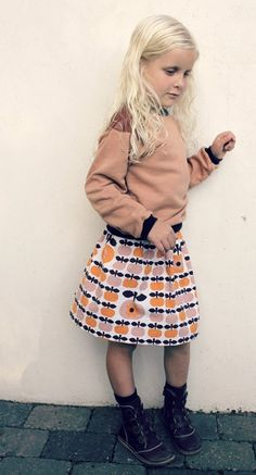 Easy Peasy Skirt & Sweatshirt with leather shoulders