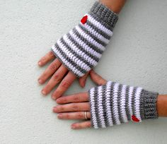 Crochet fingerless gloves mittens PDF Pattern  Little Heart