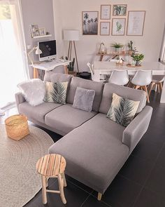 45 amazing gorgeous living room color schemes to make your room cozy 8 – Home De… - Modern Living Room Color Schemes, Living Room Colors, Living Room Grey, Cozy Living, Home Living Room, Interior Design Living Room, Living Room Designs, Living Room Decor, Small Apartment Living
