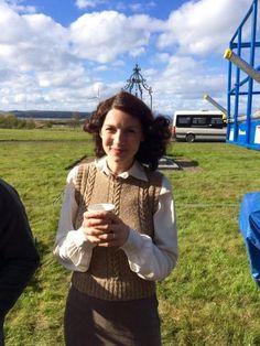 Caitriona Balfe on Set for Season 2