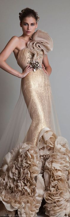 WHAT A GOWN!