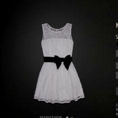 Hollister dress so cute