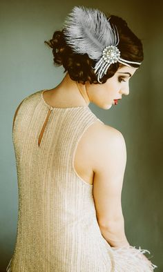 1920s Flapper Headpiece:  I like this style as an alternative to the kind where the feather goes straight up.