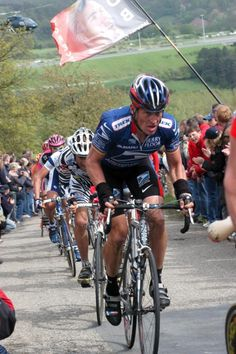 Liège-Bastogne-Liège: Iconic images - Lance Armstrong on the attack in 2003
