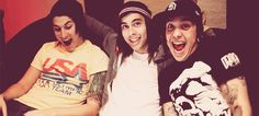 Jamie, Vic and TONY being adorable