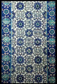IZNIK TILES AT THE RUSTEM PASA MOSQUE, ISTANBUL, TURKEY