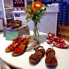 Opiskelua ja uusia ideoita | Jalkineliike Stella Oy #shoestore #kenkäkauppa