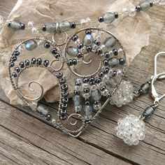 wire wrap and beads heart