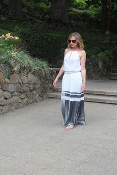 Pleated maxi dress black and white fashion blogger outfit #kissmylook
