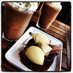 El mejor café oscuro helado y pay con chocolate: En Café Punta del Cielo, México