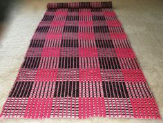 Antique Handwoven Kilim Rug Light Runner Plaid Bed or Table Runner Ecru Fuschia Brown by VintageHomeStories Decoration Piece, Bed Runner, Kilim Rugs, Rag Rugs, Previous Life, Sofa Throw, Floor Decor, Plaid Pattern, Cottage Chic