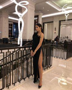 "Luxury life on Instagram: ""So chic 🖤 @luciana_tanase"" Lux Fashion, High Fashion, Grown Women, Luxury Life, Shoulder Dress, Bodycon Dress, Legs, Chic, Instagram"