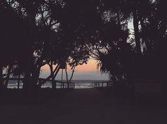 #surfersparadisebeach #surfersparadisebeach #oz #aussie #adventure #australia #downunder #beach #sand #sunset #feelfree #ocean by do_mi_nik_ http://ift.tt/1PI0tin