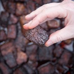 Recipe and video for Smoked Pork Belly Burnt Ends. Inspired by beef burnt ends, this pork version is super tender, full of flavor and so easy to make. Best Smoked Ribs, Smoked Prime Rib Roast, Smoked Pork Ribs, Bbq Pork, Smoker Recipes, Rib Recipes, Roast Recipes, Brisket Burnt Ends, Pork Belly Burnt Ends
