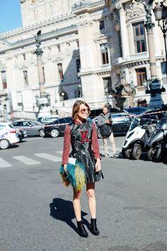 #EllaCatlif fit and flare. Paris