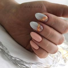 Semi-permanent varnish, false nails, patches: which manicure to choose? - My Nails Nail Design Stiletto, Nail Design Glitter, Nails Design, Short Nail Designs, Cute Nail Designs, Winter Nails, Summer Nails, Cute Nails, Pretty Nails