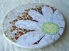 Detail Image for art Mosaic Lazy Susan, Daisy on Mocha and Cream