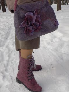 https://www.etsy.com/ru/listing/287091683/felted-wool-bag-for-women-elegance?ref=shop_home_active_1