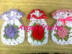 Sachês sabonete em crochê por 4 reais cada e pode ser feito nas cores desejadas.