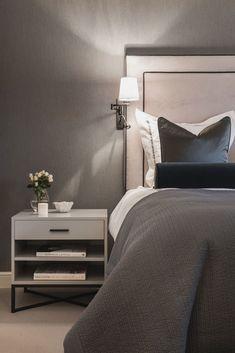 Bolig – CS Interior Design Modern Luxury Bedroom, Luxury Bedroom Design, Master Bedroom Interior, Gold Bedroom, Bedroom Green, Luxurious Bedrooms, Bedroom Decor, Interior Design, Contemporary Bathroom Designs