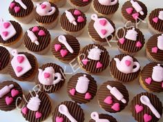 Cupcakes chá de cozinha rosa e marrom - Pesquisa Google