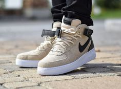 Nike wmns air force 1 07 mid prm 'wool' oatmeal shoes в 2019 Popular Sneakers, Best Sneakers, Sneakers Fashion, Sneakers Nike, Baskets, Asics Tiger, Nike Shoes Air Force, Style Masculin, Fashion Shoes