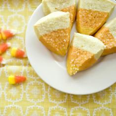 Candy Corn Cookies (via www.foodily.com/r/of2dzqVrQ)