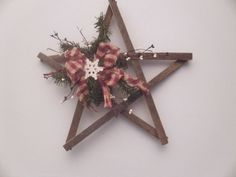 Primitive Lathe wood star. $15.00, via Etsy.