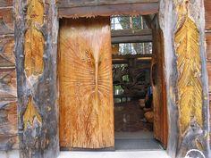 The door of the Paateri church in Lieksa, Finland Mekka, Grades, Main Door, House Doors, Greek Islands, Doorway, Wood Design, Windows And Doors, Travel Around