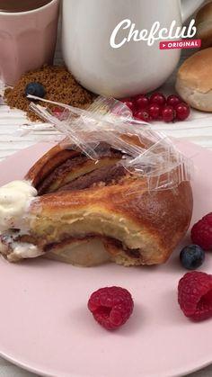 Köstliche Desserts, Delicious Desserts, Dessert Recipes, Yummy Food, Comida Diy, Deli Food, Food Garnishes, Tiny Food, Creative Food