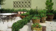 Saiba como criar um jardim de aromas para perfumar a casa