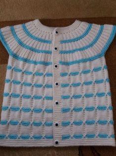 Çapraz Haroşa Örgü Modeli Bu içeriği ne kadar faydalı buldunuz?[Toplam: 0 Ortalama: 0] Baby Cardigan Knitting Pattern, Baby Hats Knitting, Sweater Knitting Patterns, Knitting Designs, Knit Patterns, Girls Sweaters, Baby Sweaters, Baby Yoda Costume, Gents Sweater
