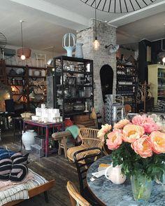 Beau marché Café á Vins. Photo by @dagmarskitchen