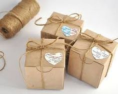 Items similar to 100 wedding favor boxes, kraft favours, map heart gift boxes set, box gift box. Set of 100 on Etsy Wedding Candy Boxes, Wedding Favor Tags, Wedding Party Favors, Wedding Reception, Small Gift Boxes, White Gift Boxes, Small Gifts, Nautical Wedding Favors, Wedding Gifts For Guests