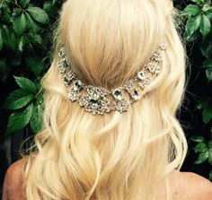 Wedding hair jewelry, Hair chain accessory, bridal hair chain, large crystal jewels and silver, Boho wedding head piece. Beach wedding