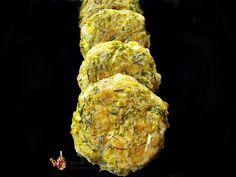 chiftelute de dovlecei la cuptor Baby Food Recipes, Herbs, Vegan, Chicken, Recipes For Baby Food, Herb, Vegans, Cubs, Medicinal Plants
