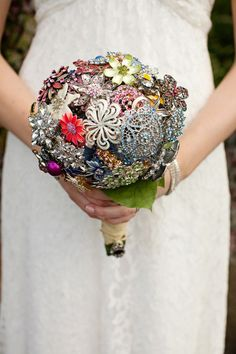 Stunning Heirloom Brooch Bouquet ~ made by the bride. Photography by tiffanyrebecca.com