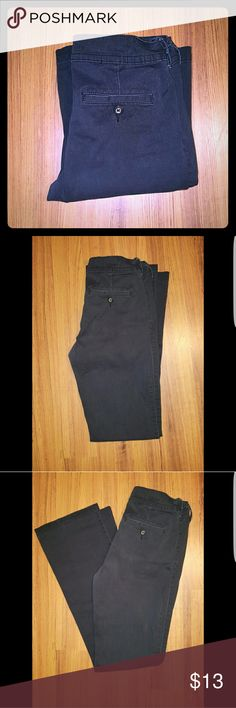 Womens Arizona Pants Womens Arizona Pants. Black Size 5 long 98% Cotton  2% Spandex   Daughter is a waitress.. has lost some weight. Still in great shape. Arizona Jean Company Pants