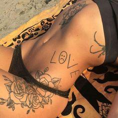 Back tattoos; Back tattoos; Sexy Tattoos, Lil Peep Tattoos, Back Tattoos, Body Art Tattoos, Small Tattoos, Tattoo On Back, Fashion Tattoos, Tattoo Girls, Girl Tattoos