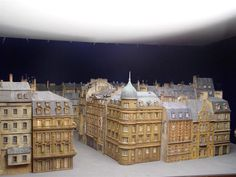 model města z reklamy na Motorolu Big Ben, Film, Building, Model, Travel, Movie, Movies, Viajes, Film Stock
