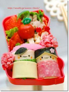 Kimono Boy and Girl Kyaraben, Rolled Bread Bento Lunch for Hinamatsuri Festival © てしぱんさん #hinamatsuri #Japan #kids