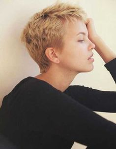Super Short Haircuts-19