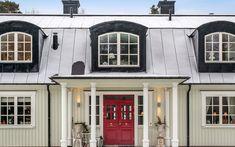 Se fler bilder ifrån huset     New England hus A2767  Under många år pendlade familjen Fram och