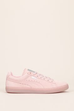 3cd11f14a443 PUMA Women s Shoes - Sneakers cuir suède rose pâle découpes fantaisie - Puma  - Find deals